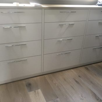 Multiple drawer unit