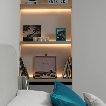 Backlit niche shelves